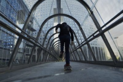 "unwordable skate film antoine plainfosse paris 400x268 - ""Unwordable"", un film de skate qui explore Paris et sublime son architecture"