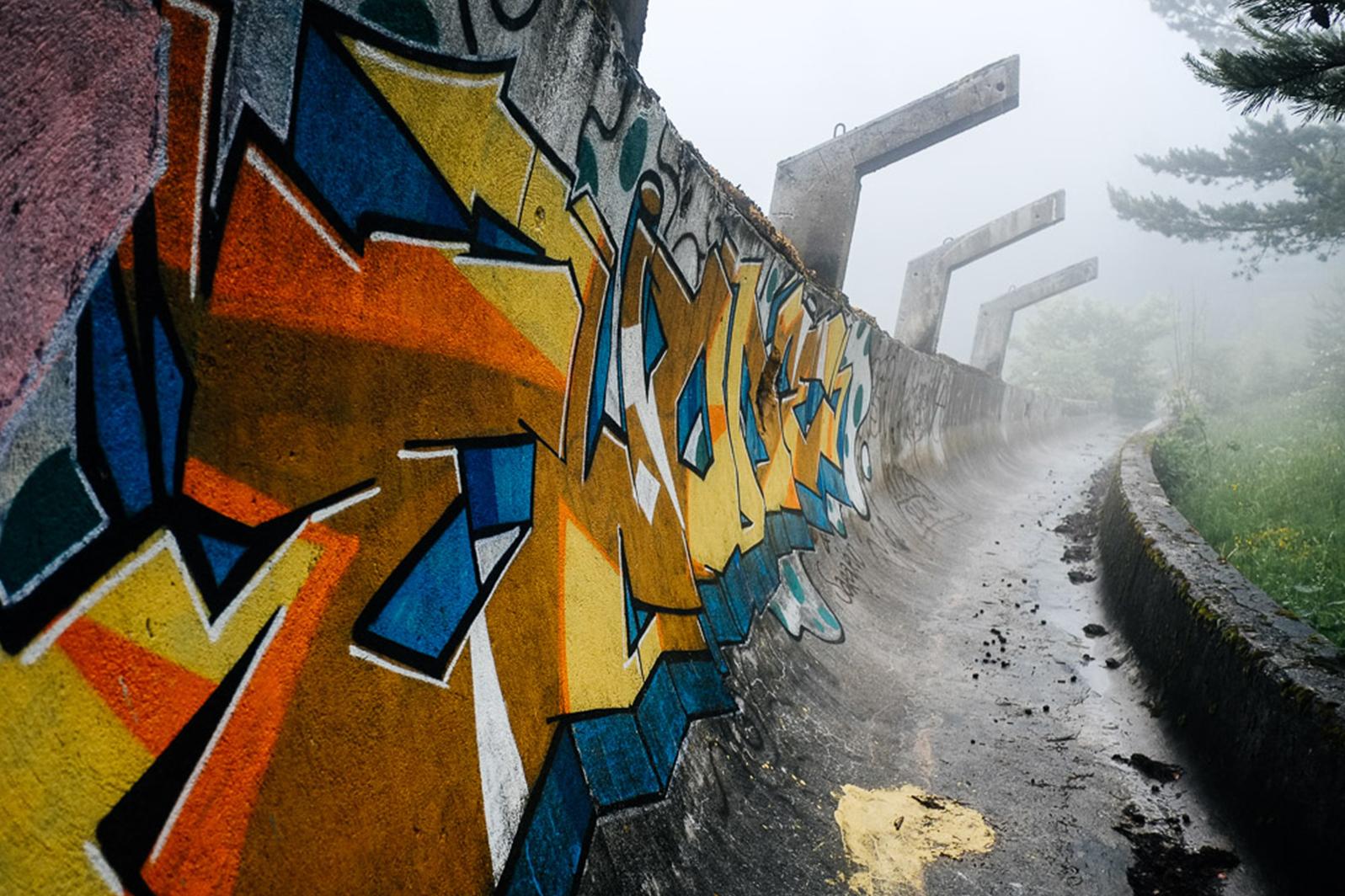 urbex bobsleigh piste jo sarajevo - Berlin, Sarajevo, Athènes : les sites des Jeux Olympiques version urbex