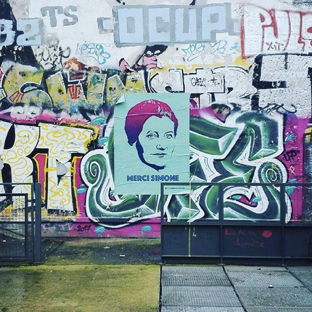 merci simon tag street art - Merci Simone, le collectif qui affiche Simone Veil sur les murs de la ville