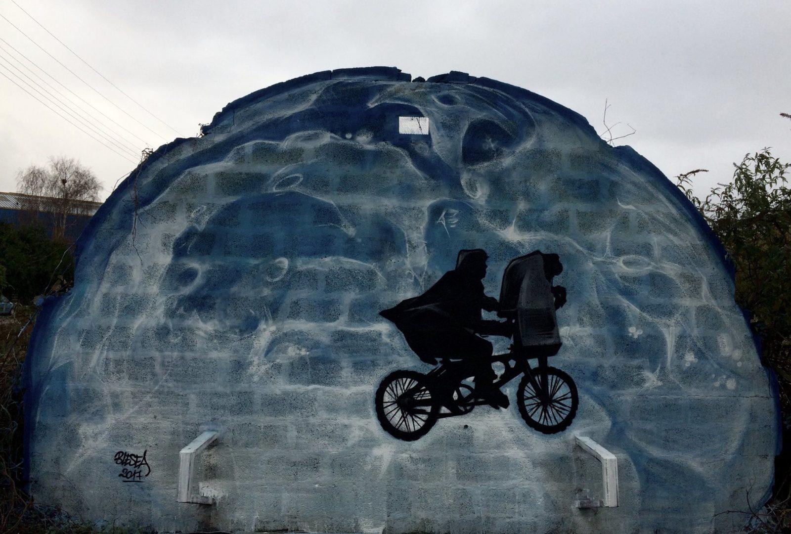blesea et - Les graffitis de Blesea inondent la ville (et les plages) de pop culture