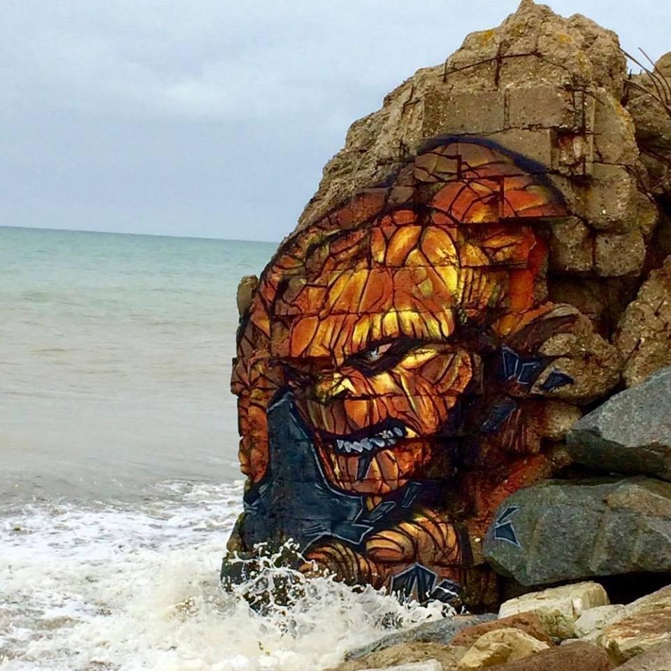 blesea lachose - Les graffitis de Blesea inondent la ville (et les plages) de pop culture