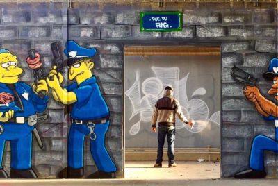 blesea simpson cover 400x268 - Les graffitis de Blesea inondent la ville (et les plages) de pop culture