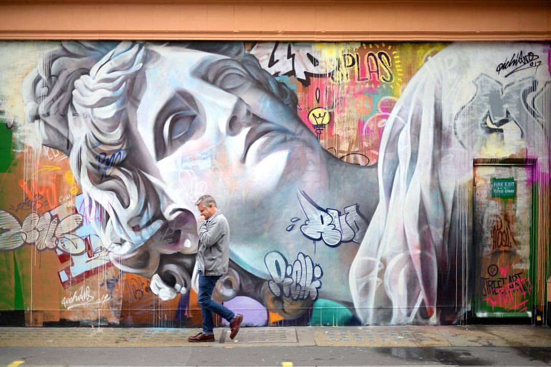PichiAvo streetart arturbain graffiti statue - PichiAvo, le duo de graffeurs qui réussit à mixer beaux-arts et graffiti