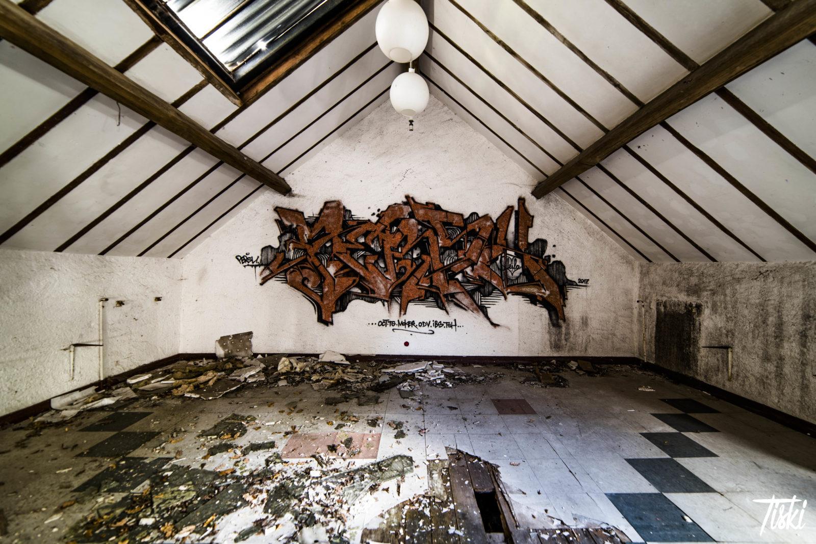LaBel Valette Fest domaine Persu urbex grenier - LaBel Valette Fest : l'art et les cultures urbaines font revivre un château abandonné