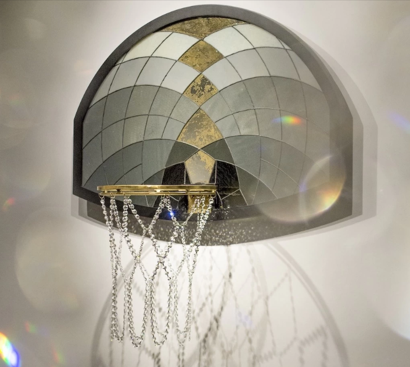 Victor Solomon Exposition art basketball luxe2 - Literally Balling : le sculpteur Victor Solomon transforme le basket en objet d'art