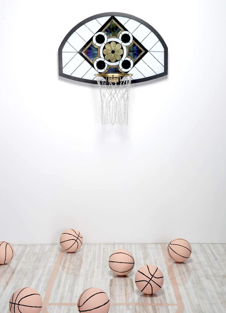 victor solomon basketball drunk art ball - Literally Balling : le sculpteur Victor Solomon transforme le basket en objet d'art