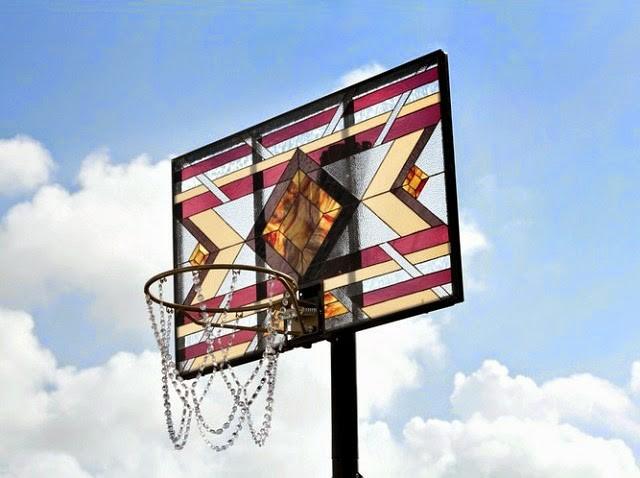 victor solomon basketball drunk art diamant vitrail - Literally Balling : le sculpteur Victor Solomon transforme le basket en objet d'art
