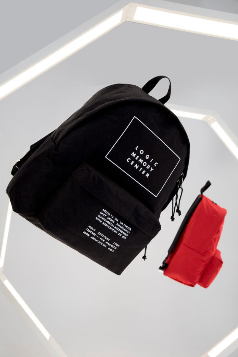 Eastpak sac collaboration histoire undercover packshot - Eastpak : retour sur l'histoire du plus célèbre des sacs à dos