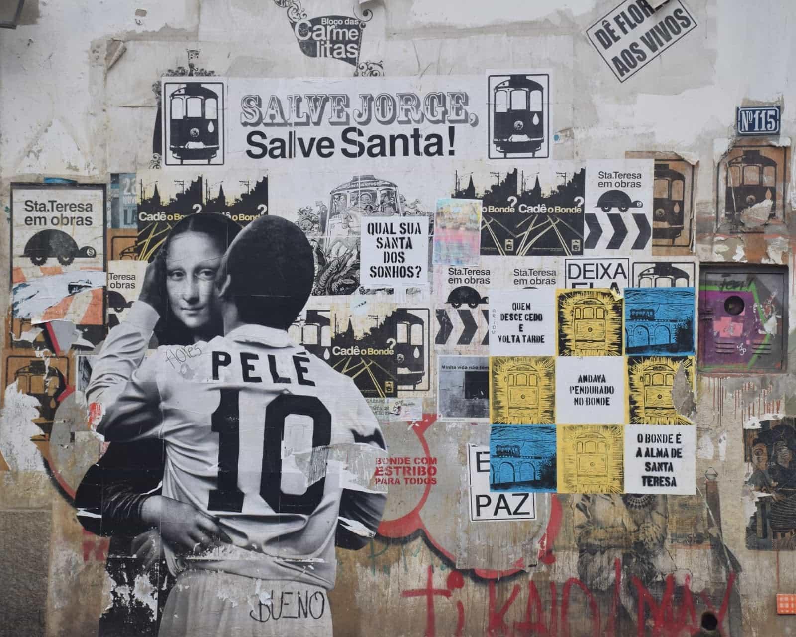 Graffiti Street Art pele football joconde streetart murale collage radar SPUTNIK - Coupe du Monde de football 2018 : les plus belles œuvres de street art !
