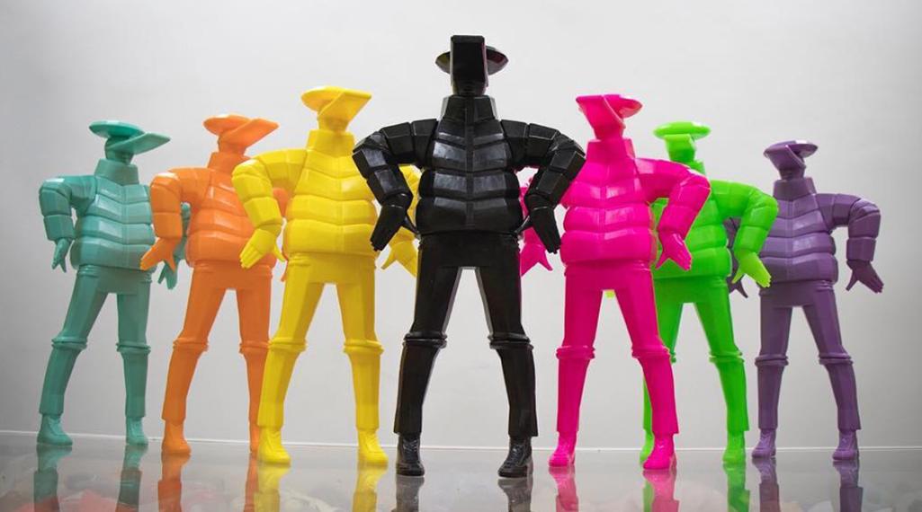 BUST A MOVE : Taku Obata célèbre le breakdance en sculptant des danseurs en plein mouvement