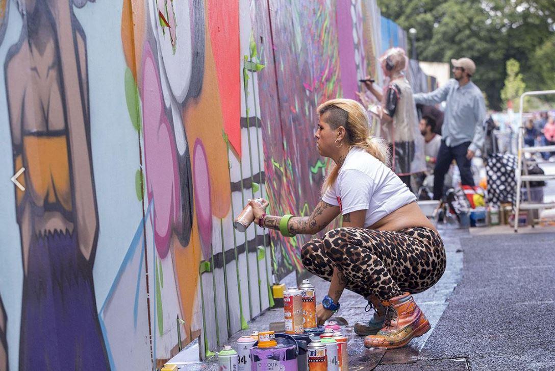 UPFEST festival street art bristol rue artiste Freaky murs copyright photographe Paul Box - Où partir cet été ? À la découverte des meilleurs festivals de street art en Europe