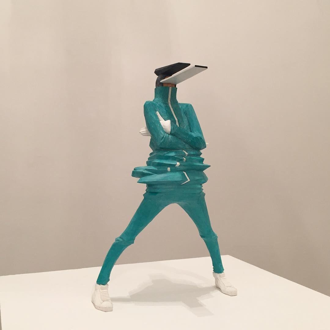 taku obata radar 3 sculpture art hiphop - BUST A MOVE : Taku Obata célèbre le breakdance en sculptant des danseurs en plein mouvement