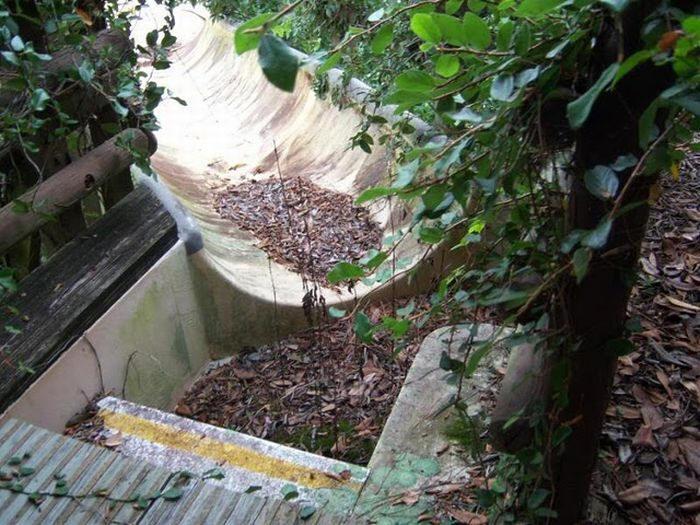 Disney Rivers Country 5urbex radar exploration piscine abandon fantome - Piscines olympiques et parcs aquatiques : les plus beaux spots abandonnés