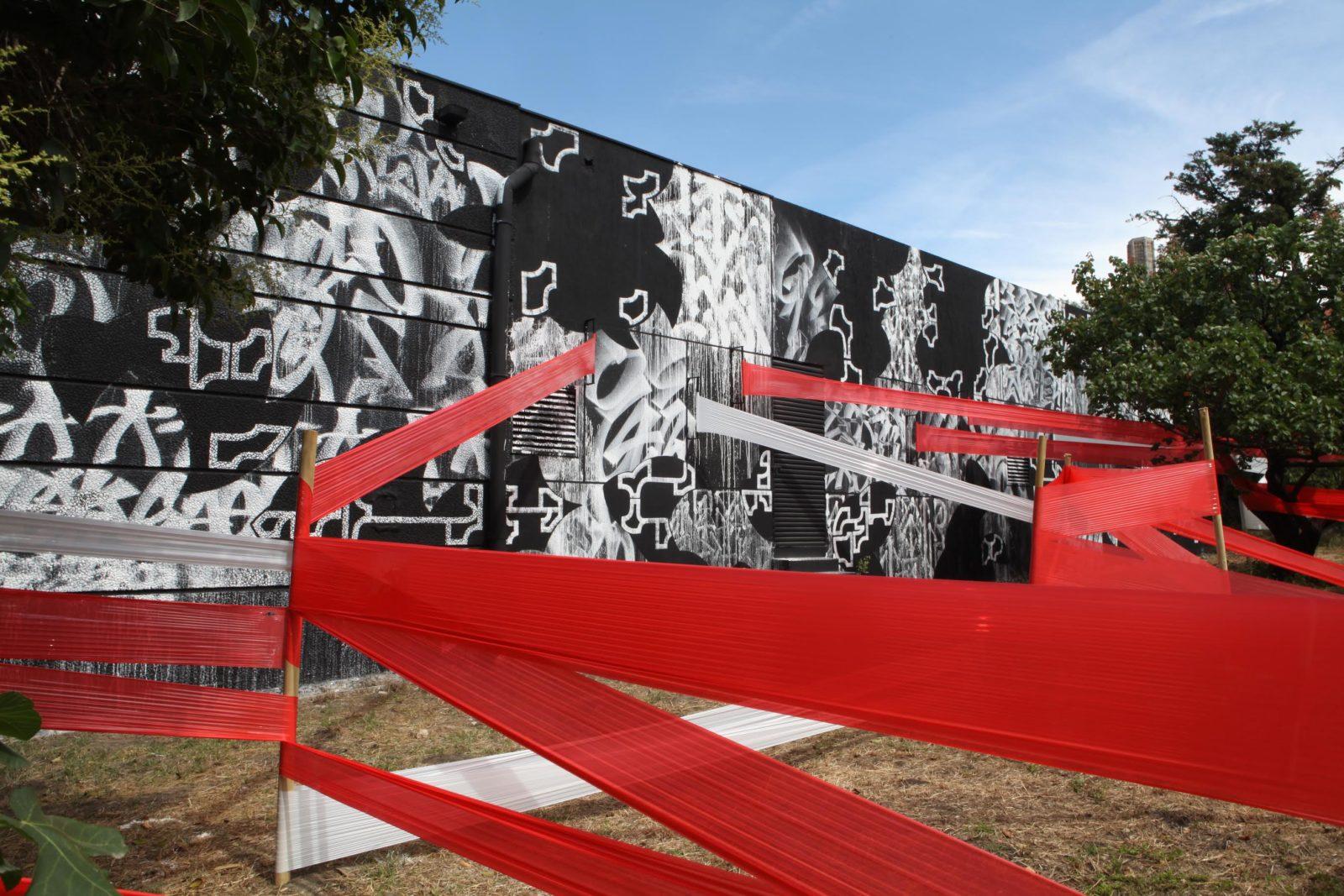 """street art marseille exposition emancipation couvent LEKSOWAT FrancescaBerselli 1 - """"Emancipation"""" : À Marseille, l'art urbain s'expose dans un ancien couvent"""