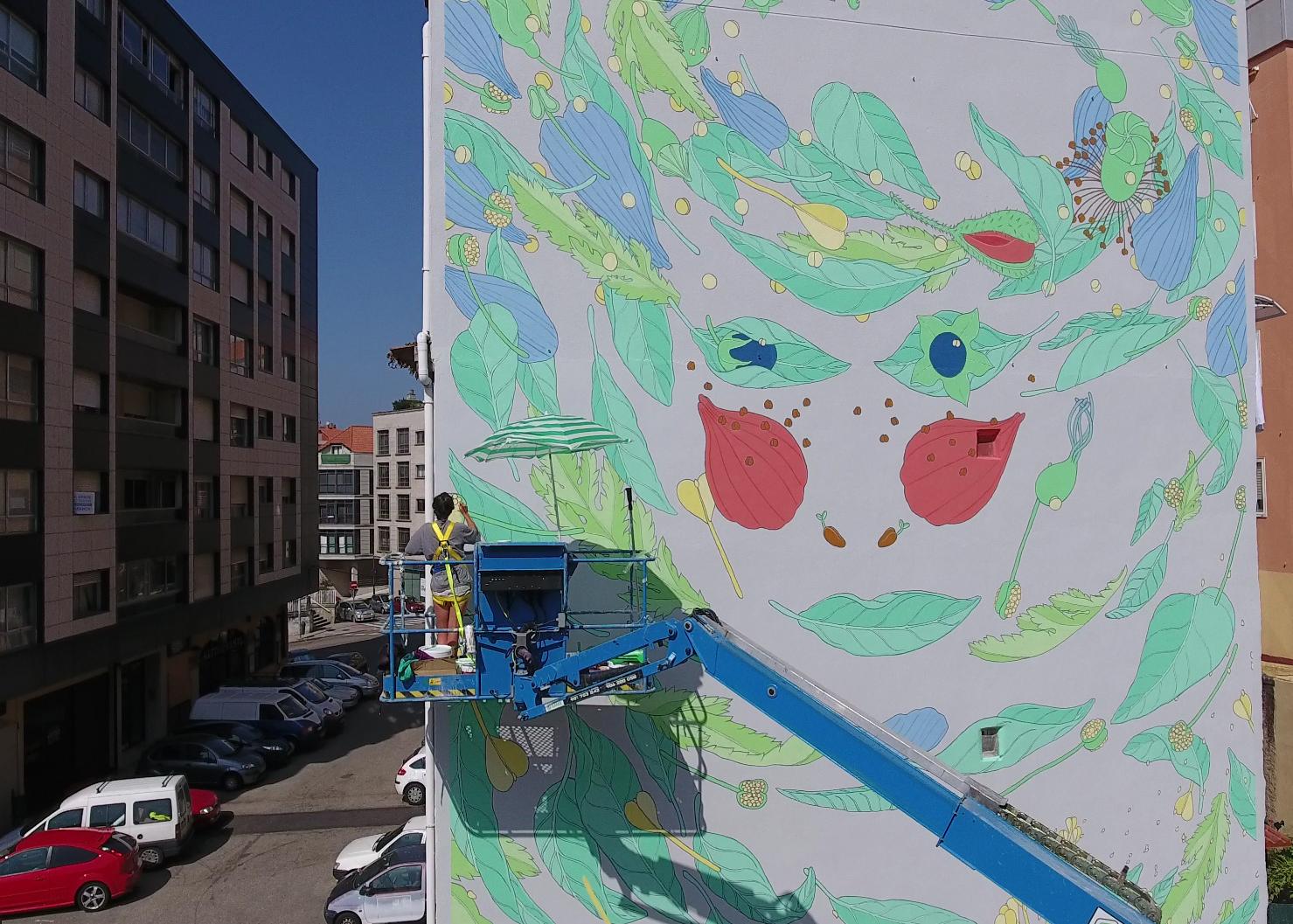 street art vigo city of colours mur floral visage Doa Ocampo - Destination Vigo, la nouvelle capitale espagnole du street art