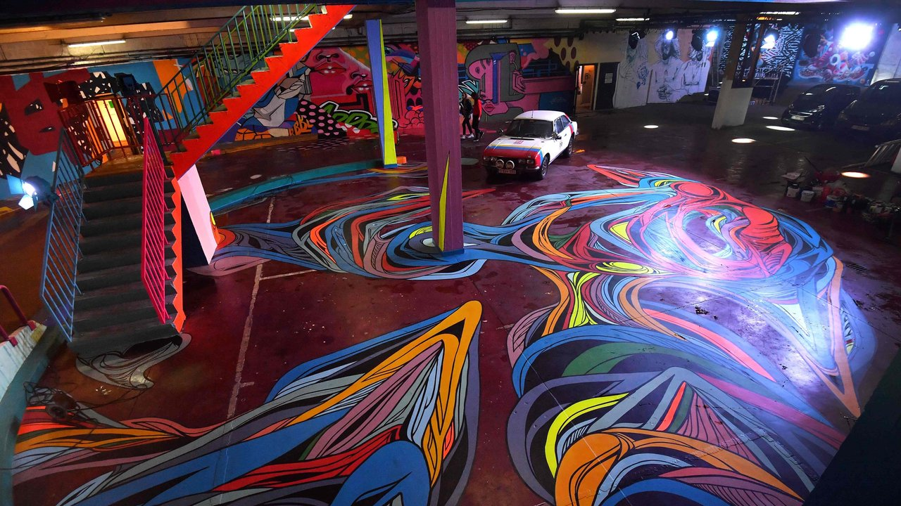 Delhaize Moliere 3 street art fresque exposition ixelles bruxelles - À Bruxelles, l'art urbain investit un ancien supermarché de 5 000 m² !