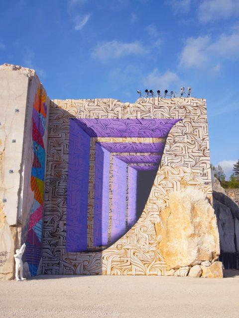 Karriere fresque streetart culture astro - En Bourgogne, des fresques murales monumentales réveillent une ancienne carrière !
