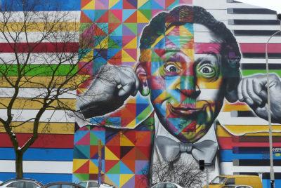 eduardo kobra lodz street art pologne portrait couleurs humour 400x268 - Lodz, une ville polonaise en pleine mutation artistique !